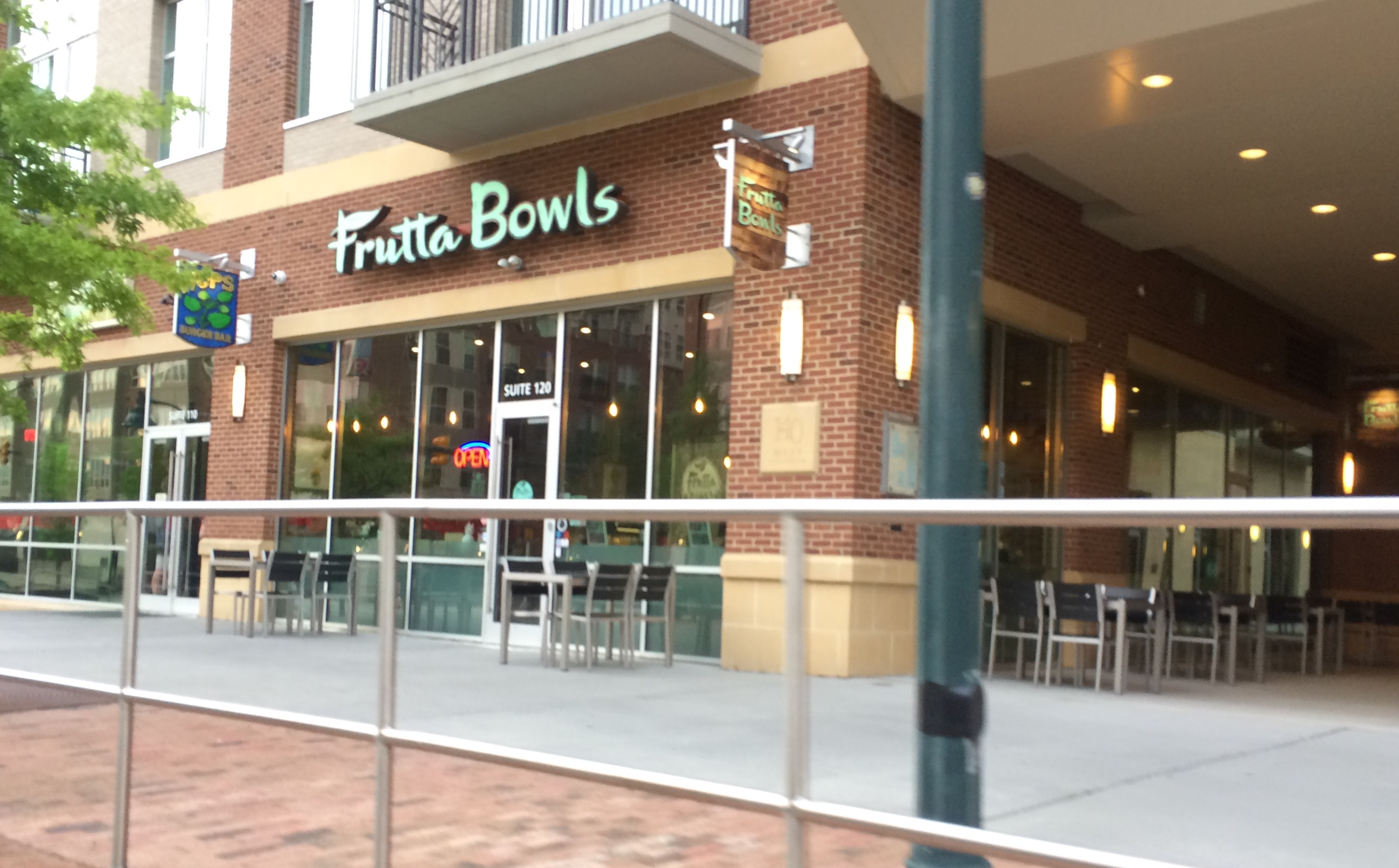 Frutta Bowls Opened In April Next To Hops Burger Bar Photo Credit Cidy Englund